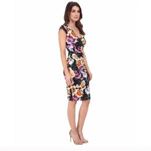 Artelier Nicole Miller Floral Form Fitting Dres190
